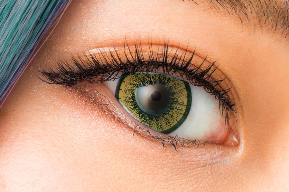 How to Care for Cosplay Contacts